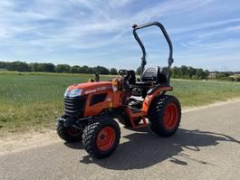 farm tractor Kubota B1241 2020