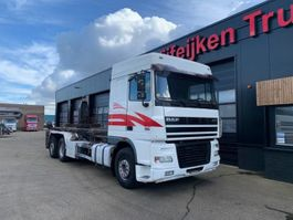 container truck DAF XF95-430 6X2 - SPACECAB SILO HOOKSYSTEM 2004