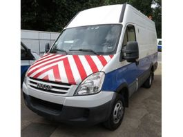 closed lcv Iveco daily 2009