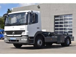 container truck Mercedes Benz Atego 1324 met containerhaak amper 101.000km ALS NIEUW 2011