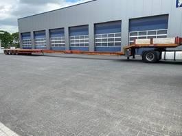 semi lowloader semi trailer Nooteboom MCO-58-04V / 72.500 Kg / 33.070 Mtr. / Power steering 2000
