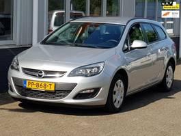 estate car Opel Astra Sports Tourer 1.4 Edition 2015