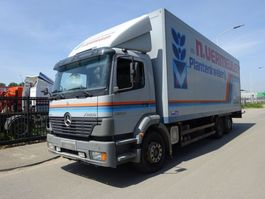 closed box truck > 7.5 t Mercedes Benz 2528 6X2 !! MANUAL GEARBOX !! 2002