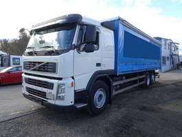 грузовик со сдвижной занавеской Volvo FM 340 6x2 7,6 M Schiebeplanen EU5 VEB