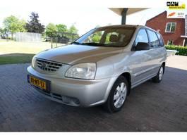 mpv car Kia Carens 1.8-16V LX 2004