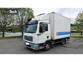 closed box truck > 7.5 t MAN TGL 8.210 2007