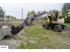 crawler excavator Volvo EW150 wheeled machine 1995