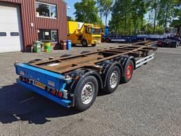 container chassis semi trailer Kögel SW24 3 axle SAF - Discbrakes - Lift axle - 10/2020 APK 2008