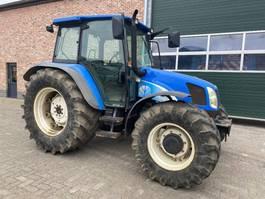 Landwirtschaftlicher Traktor New Holland TL 90 A 2005