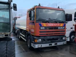 tank truck DAF 95 ATI 6X4 WATER TANK 1990