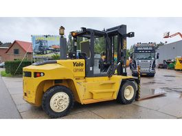 forklift Yale 10 ton diesel with low hours! 2013