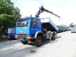 tipper truck > 7.5 t MAN LE 14.220 4X4 Kipper mit Kran HIAB 088 2006