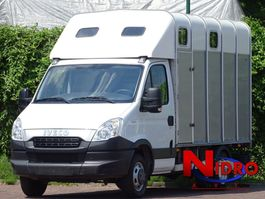 horse closed box lcv Iveco Daily Horse truck IFOR WILLIAMS Camera Airco 2012