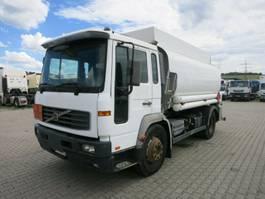 cysterna Volvo FL250 Tankwagen