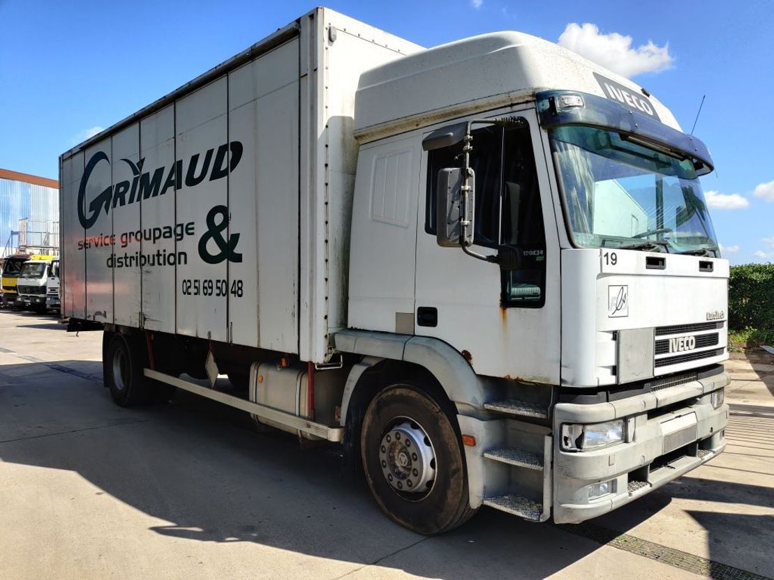 closed box truck > 7.5 t Iveco 190.34 EUROTECH *** Lâmes / Steel *** 1999