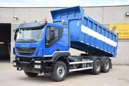 tipper truck > 7.5 t Iveco TRAKKER 450  6 X 4 - KIPPER - TRACTOR  - EURO 5 EEV 2013