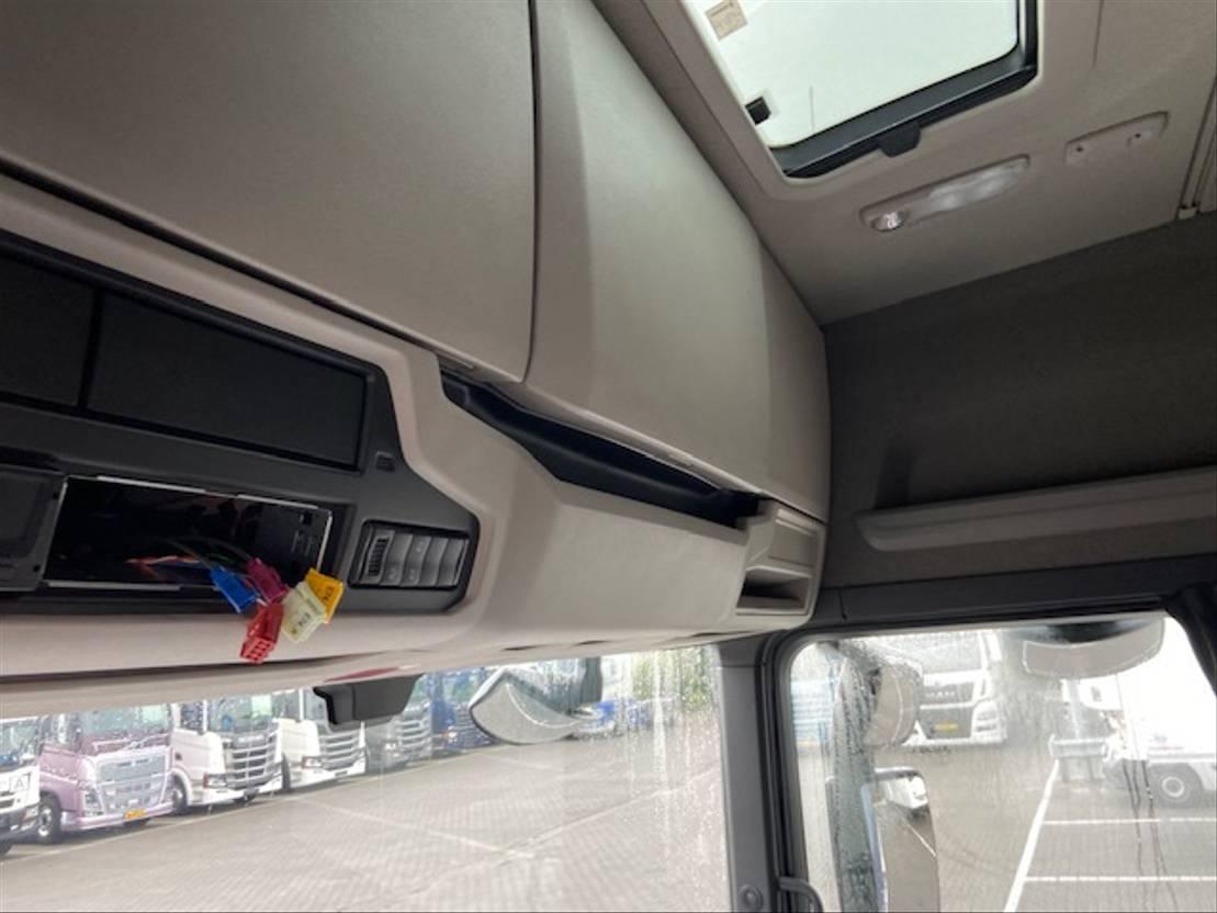 Tahače standardní Scania R450 SPECIAL , ALCOA,LEER,METALLIC 2017