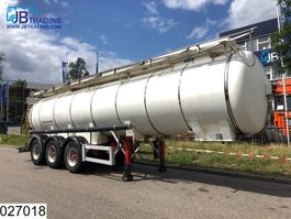 tank semi trailer semi trailer Feldbinder Chemie 24000 liter isolated tank -20 / + 80c max 3 bar 2004