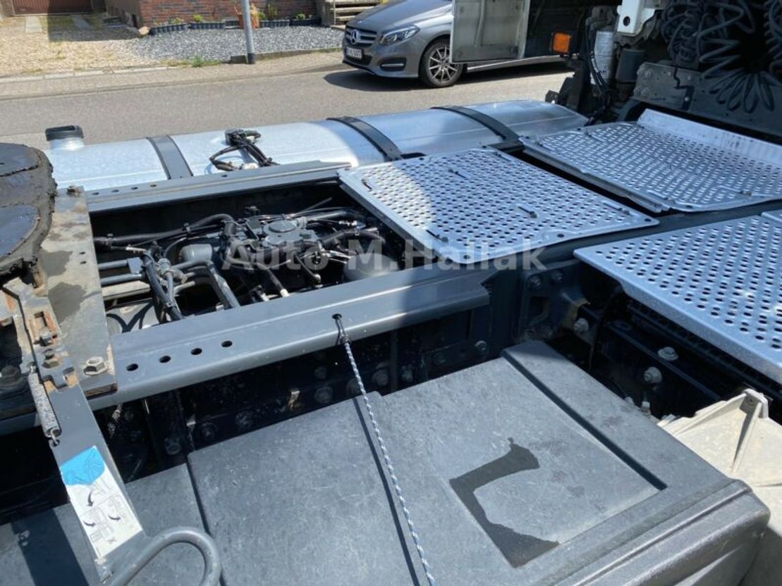 Standard SZM DAF XF 105.460  ATe SpaceCap / Automatik / Euro5 2014