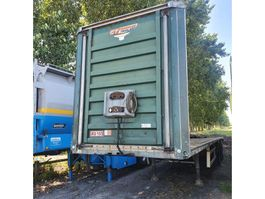 lowloader semi trailer Fruehauf VFK SYY3WP 2002