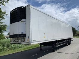refrigerated semi trailer Schmitz Cargobull SKO 18 Carrier Maxima 1300 BAR Laadklep 2000kg 2007