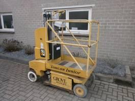 telescopic boom lift wheeled Grove 1999