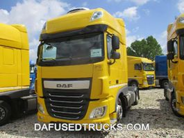 mega-volume tractorhead DAF FT XF460 LOW DECK 2015