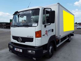 closed box truck > 7.5 t Nissan 2009