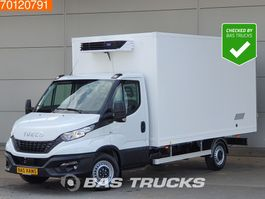 refrigerated closed box lcv Iveco Daily 35S18 3.0 180PK Koelwagen -20 Vries Dag / Nacht 230V Carrier 17m3 ... 2020