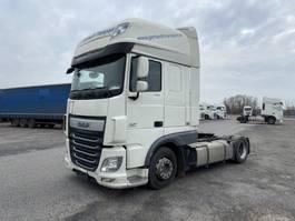 mega-volume truck DAF 460 XF  460 XF Lowliner Mega Low Deck, Skylights 2016