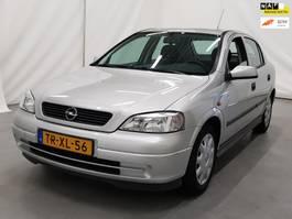 hatchback car Opel Astra 1.6 Sport 32.000 km met nap 1998