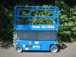 Scherenbühne auf Rädern Genie GS-3246 2013