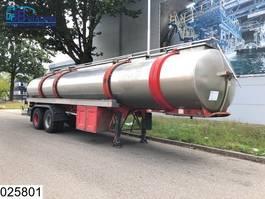 tank semi trailer semi trailer Magyar Food RVS tank, 28000 Liter, 7 Compartments, Steel suspension 1977