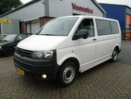 taxi bus Volkswagen Transporter T5 2.0TDI 9-Sitzer Klima €8450,=