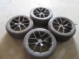 Wheels- with tire set car part Mercedes Benz AMG 19 INCH VELGEN MET BANDEN