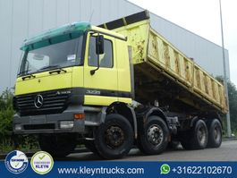 tipper truck > 7.5 t Mercedes Benz ACTROS 3235 8x4 manual meiller 2000