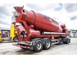 concrete mixer semi trailer Liebherr LIEBHERR-BETON MIXER 12 M3+ Hulpmotor 2009
