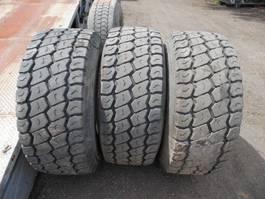 pièce détachée équipement pneus Michelin Banden van oplegger 4 stuks