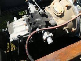 Cambio manuale ricambio per autocarro Eaton 6 speed manual gearbox for Volvo FL6 truck. 1993