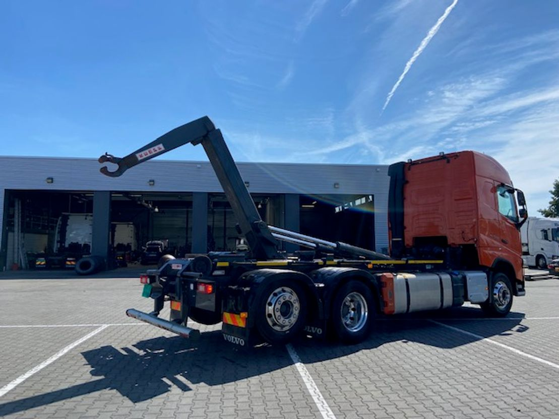 container truck Volvo FH 500 6X2*4 VDL HOOKLIFT 2017