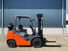 вилочный погрузчик Toyota Tonero 25 2.5 ton LPG Heftruck as New !