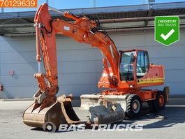 wheeled excavator Case WX 185 Including 3 buckets - Good working condition 2008