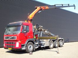 container truck Volvo FM 380 8x4 EURO 5 / PALFINGER KRAAN + CONTAINERSYSTEEM 2010