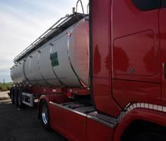 tank semi trailer semi trailer Magyar SANTI/CARDI 2005