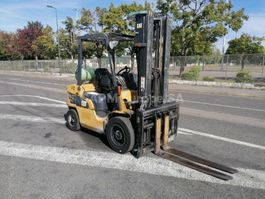 Gabelstapler Caterpillar GP30NT 2014