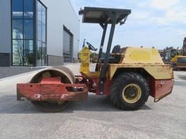 soil compactor Dynapac CA141D 2000