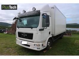 closed box truck > 7.5 t MAN TGL 8-220 2013