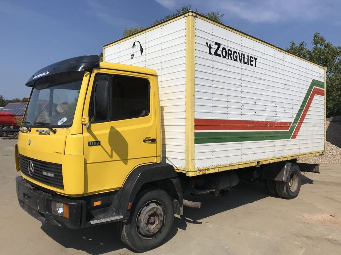 closed box truck > 7.5 t Mercedes Benz 1117 **6CYL-BELGIAN TRUCK** 1990