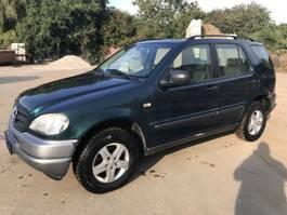 all-terrain vehicle Mercedes-Benz ML320 **AC-ESSENCE-PETROL** ML 1998