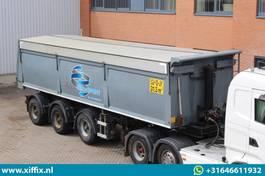 tipper semi trailer Bulthuis 3-ass. Multifunctionele wegenbouw kipper // 2x gestuurd 2006